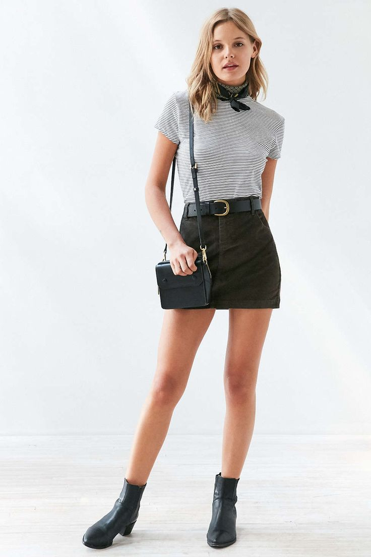 Best 25+ Corduroy skirt ideas on Pinterest   Suede skirt Red skirt outfits and Tumblr fall outfits