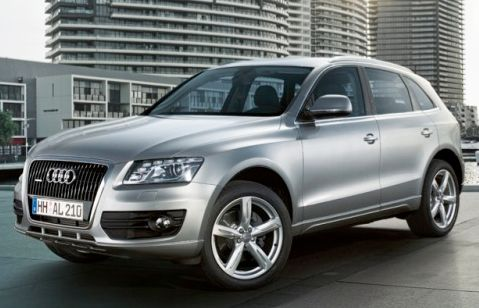 2011 Audi Q5 Owners Manual –The 2011 Audi Q5 is a single of the very best wagers for customers searching of an enjoyable-to-push but a sensible luxurious crossover. Its new base-model engine causes it to be quite energy-effective as properly. The 2011 Audi Q5 becomes a new base engine,...