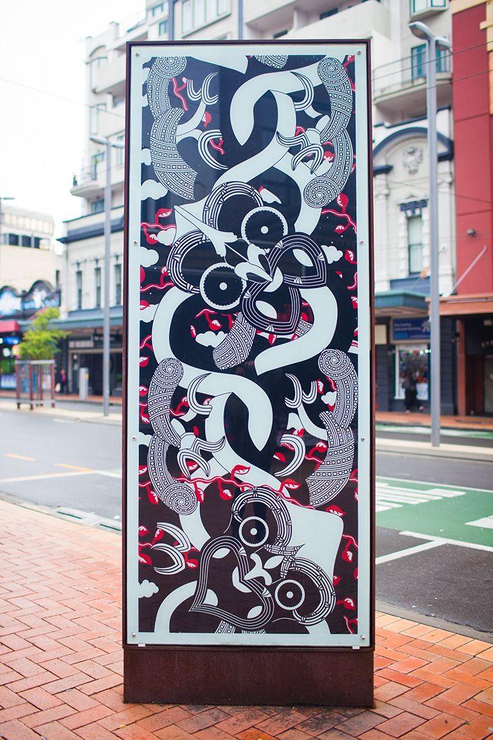 Land of Tara - Maori art by Johnson Witehira