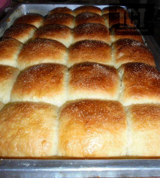 Pan piñita pan dulce de cubierta de mantequilla con azucar.