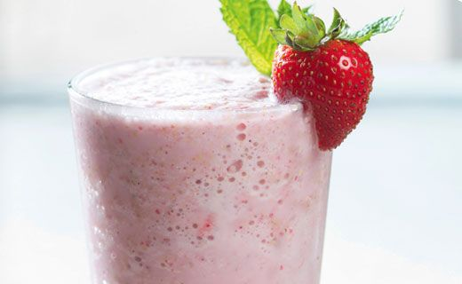 BREAKFAST:  Epicure's Strawberry Cheesecake Morning Shake (140 cals/serving)