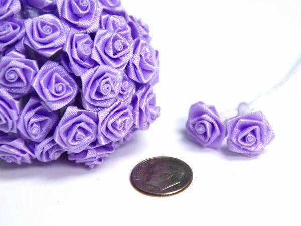 """Se bilder og kjøp """"Små Pynteroser - 12stk - Lavendel"""" hos Til Bryllupet. Pris kr 29,-"""
