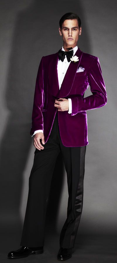 <3 Suitgasm and #8 board pick. Tom Ford velvet jacket. A beauty of an evening suit in a velvet that invites touch. Love what he's done with the sleeves, cuffs, and collar. And that wide satin stripe down the trousers.  So opulent, elegant, yet spare.