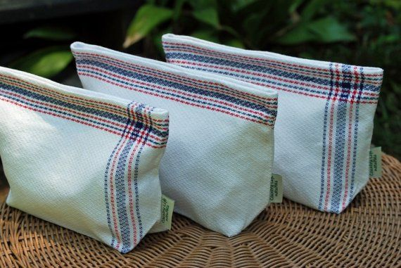 I could make these lunch bags out of towels. Handy.