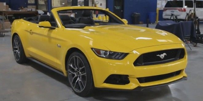 Test Ford Mustang convertible 2015: The Engine Eco BoostWorld Cars Info