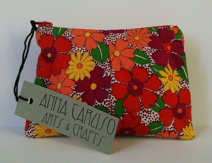 Portatutto in tessuto di cotone con stampa floreale : Astucci, miniborse di annacaruso