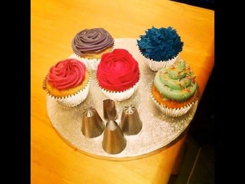 How to Ice Cupcakes Professionally! 5 Simple Techniques