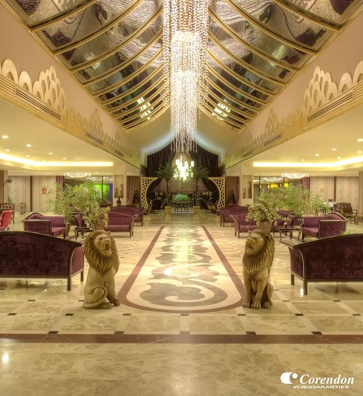 Hotel Siam Elegance in Belek is geheel gebouwd in prachtige Thaise stijl.