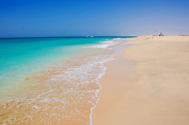 La plage de Santa Maria : Cap-Vert : les 25 sites à ne pas manquer - Linternaute