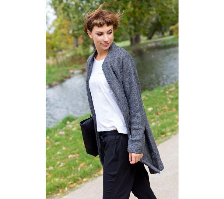 Tričko s rukávy k loktům a zipovou kapsičkou | modino.cz #modino_sk #modino_style #style #fashion #newseason #autumn #fall