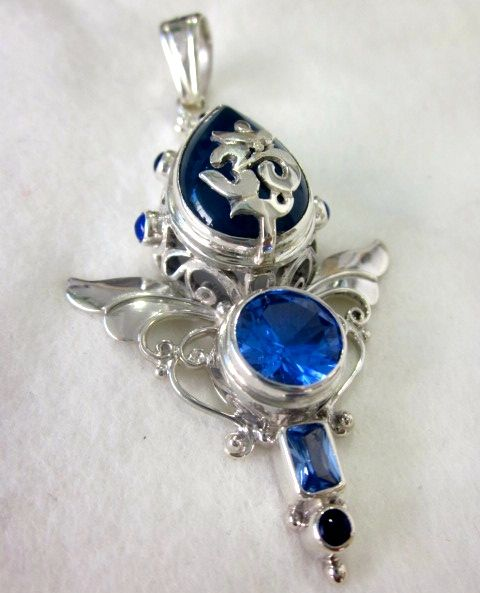 """Carmel's business """"Atlantis Rising Healing Centre"""" has a wide range of jewellery. Every item of jewellery has been custom made and is not sold elsewhere. To view and purchase please visit the Atlantis Rising Healing Centre, Coolangatta QLD, 4225. Or call (07) 55 367 399"""