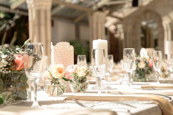 Rose gold table decor. Photo by Jessica Notelo. #rosegold #weddingdecor #wedding #roses #candles #weddingphotography #jessicanotelo