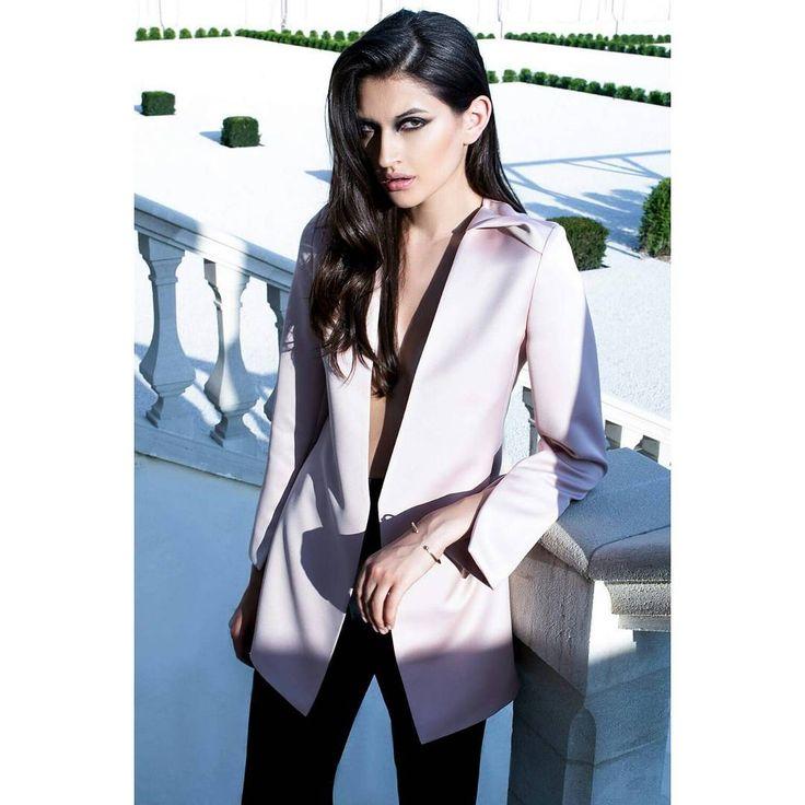 FLAVIA silk blazer ▶  Reveal the new Fall-Winter '16/'17 Ready-To-Wear collection ▶ #maisonraquette by Dana and Violette Basoc  #silkblazer #dustypink #maisonraquette #raquette #fallwinter #editorial #collection