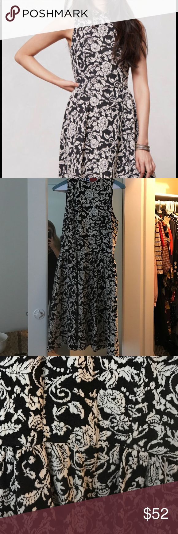 Anthropologie Floribunda Jacquard Dress size XS Anthropologie Floribunda Jacquard Dress by Dolce Vita size XS. Fits more like a small. It has a beautiful floral print and is like new. Anthropologie Dresses Midi