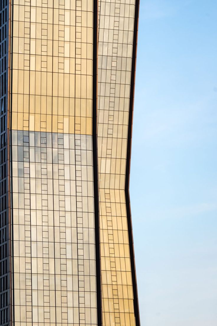 """SHoP completes """"dancing"""" copper-clad luxury apartment towers in New York"""