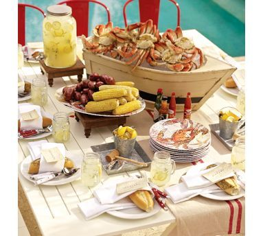fun summer picnic ~ you can't go wrong with crab
