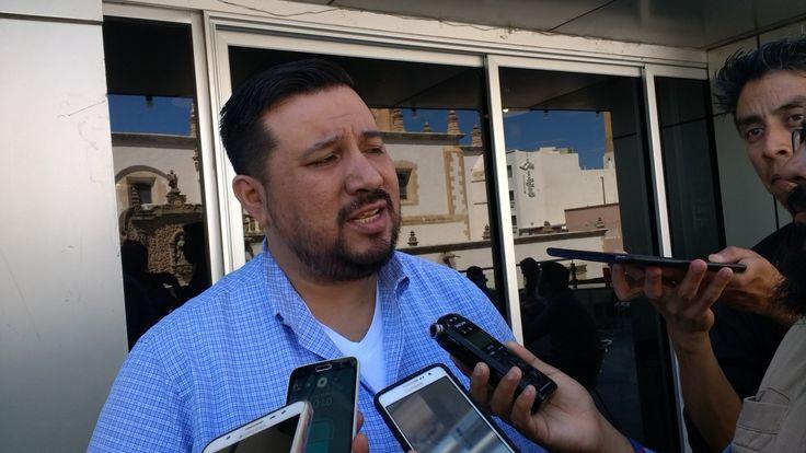 <p>Chihuahua, Chih.- Pavel Aguilar dirigente estatal del Partido de la Revolución Democrática (PRD), comentó que no es conveniente para