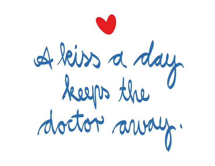 A kiss a day keeps the doctor away. #tagdeskusses #kissingday