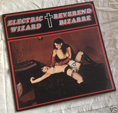 http://www.ebay.com/itm/Electric-Wizard-Reverend-Bizarre-split-black-sparkle-split-12-VERY-RARE-/251343541727?pt=Music_on_Vinyl&hash=item3a853e15df