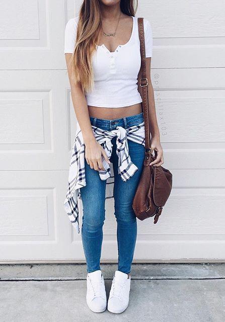white top + plaid cape + jeans style