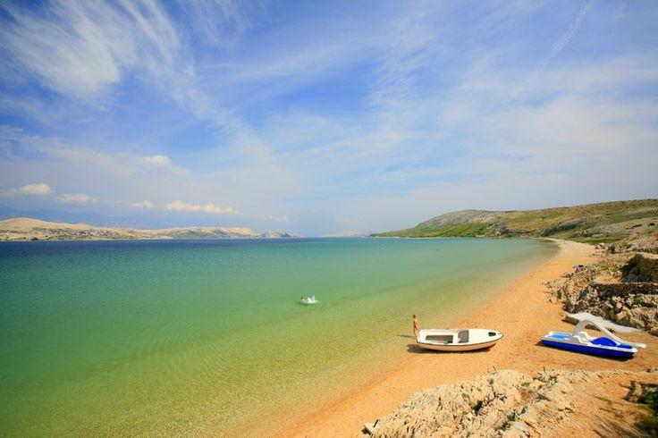Čista plaža, ostrov Pag: http://www.novalja.cz/chorvatsko/vylety-priroda/plaze/plaze-ostrov-pag/pisecna-plaz-cista-plaza/