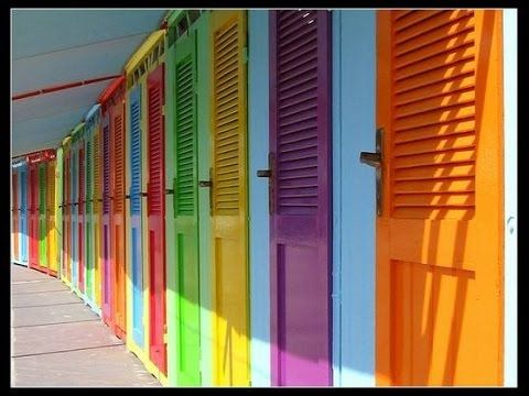 Colourful FRONT door ideas - Bold & Beautiful colored front doors