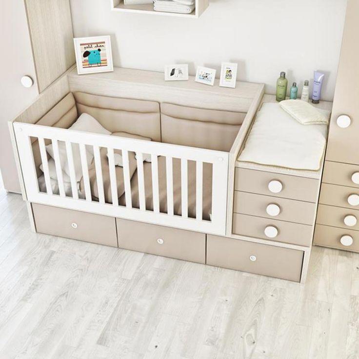 Inversión en diseño y calidad, dos palabras que definen esta práctica unidad modular de la marca Había Una Vez. Es segura, cómoda y ergonómica para tu pequeño, pero además lo acompañará desde recién nacido hasta que sea un jovencito. La cama cuna Conver puede transformarse en una moderna habitación juvenil que incluye: cama principal, cama auxiliar, dos mesas de noche, un escritorio y una repisa. Todo en el mismo módulo. <br />Te sorprenderán las múltiples posibilidades que te ofrece este…