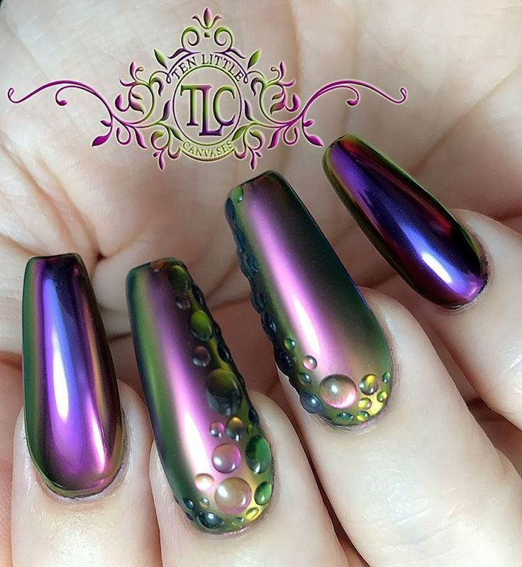 New mani using the gorgeous new Chromeleon multi chrome pigments from Social Claws. I used Circe and Chimera. These wonderful pigments look fabulous matte too. Purchase here: www.socialclaws.com  #socialclaws #awesome #multichrome #chromenails #Chromeleon