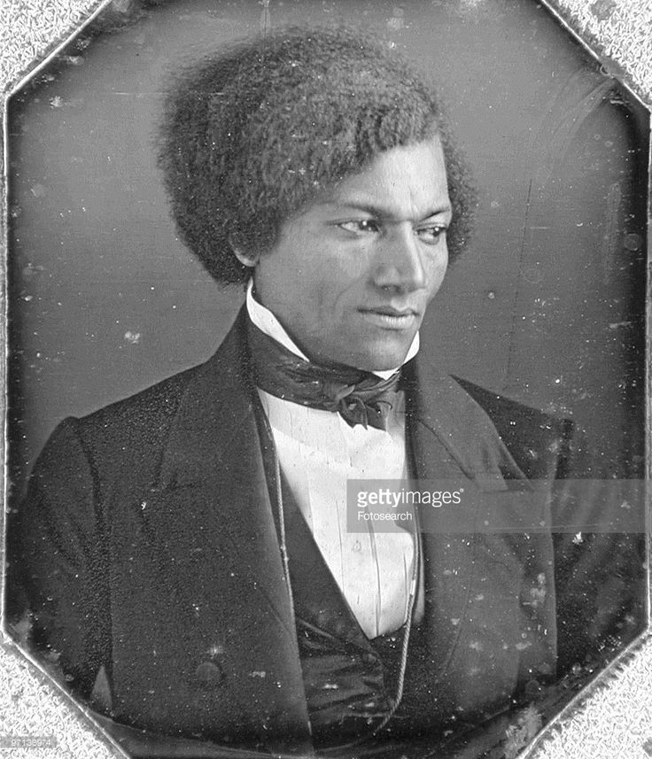 fredrick douglas and abraham lincoln Frederick douglass was a master rhetorician who regularly told stories about his life history those stories changed, depending on the rhetorical occasion this article examines his various accounts of abraham lincoln over an approximately 30-year period at times douglass presents lincoln as the.