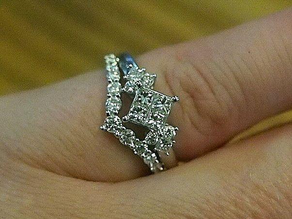 Jewellery-Rings-Designer-18 carat white gold and diamond bridal set