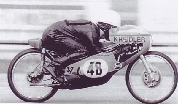 JARNO SAARINEN MOTO GP LE FINLANDAIS VOLANT