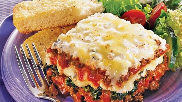 Quick-fix lasagnaHearty Lasagna, Quickfix Lasagna, Quick Fix Lasagna, Ground Beef, Italian Cuisine, Green Giants, Cottages Cheese, Lasagna Casseroles, Lasagna Recipe