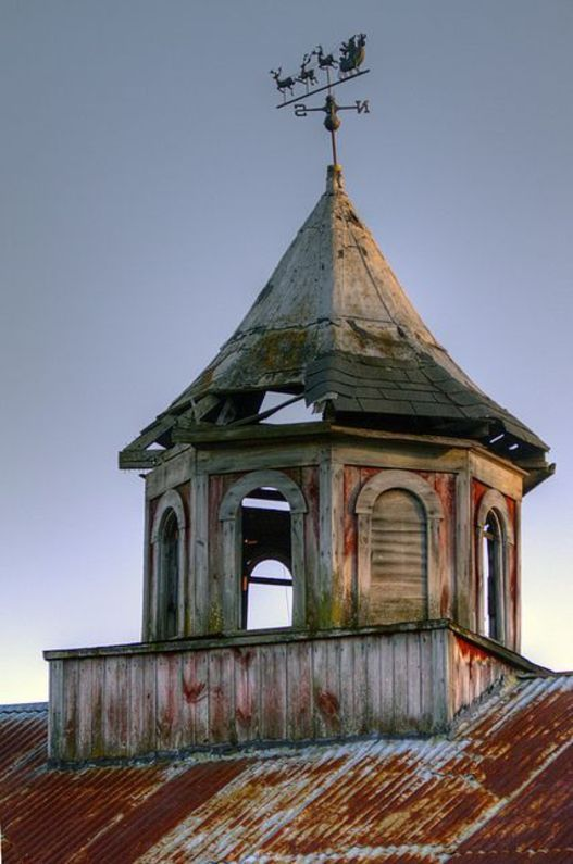 Barn Cupola With Santa Weather Vane