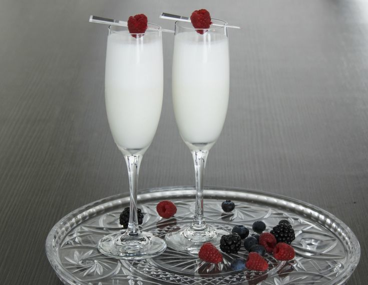 Winter Scroppino - the perfect cocktail for a White Christmas!