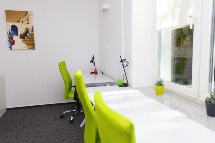Office rooms - green room #coworking #space #green