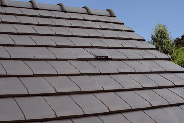 Which Type of Roof Covering Material Should You Choose?