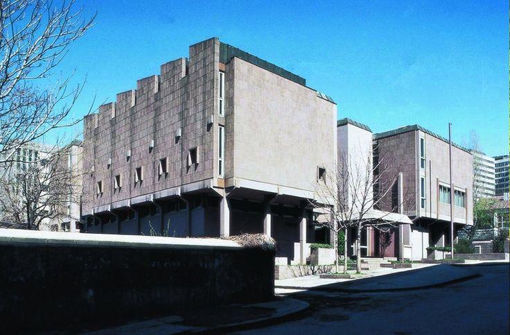 Türk Tarih Kurumu  1966  Ankara  Mimari tasarım: Turgut Cansever, Ertur Yener