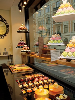 SebastienBruno, Oslo/Norway. Delicious chocholates and cakes. Adress: Skovveien 6a, entrance: Frognerveien. A must if you visit Oslo!
