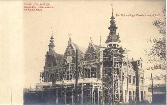 Il padiglione del Belgio in costruzione