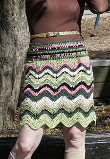 Play with chevron striping using the free #tutorial from Tension magazine for makign this #crochet skirt.