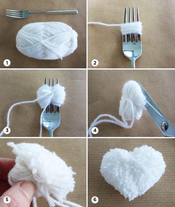 Mini pompon in hartvorm | Piece of Make Mini pompoen in hartvorm maken met een vork en wol:
