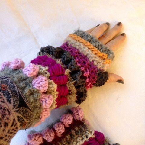 Lunghi guanti senza dita in morbida lana colorata con la tecnica freeform : Mezziguanti, guanti di la-libe