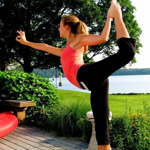 Easy-yoga-poses-for-beginners