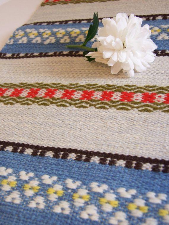Sueco vintage corremesa lana // Folk Art por tiendanordica en Etsy