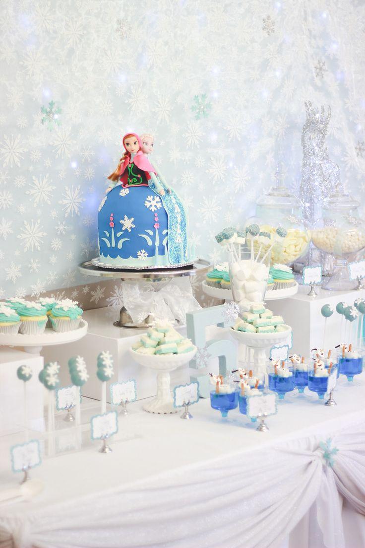 Frozen Theme - Huda Salman Photography #FrozenCandyBuffet #Backdrop #Frozen