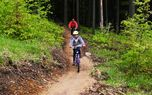 Mountain bike on professional tracks - Easy - Amazing mountain bike tracks suitable for children.