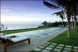 Bali Villa Wedding at Istana Villa | Wedding Assistant in Bali - Wedding Packages