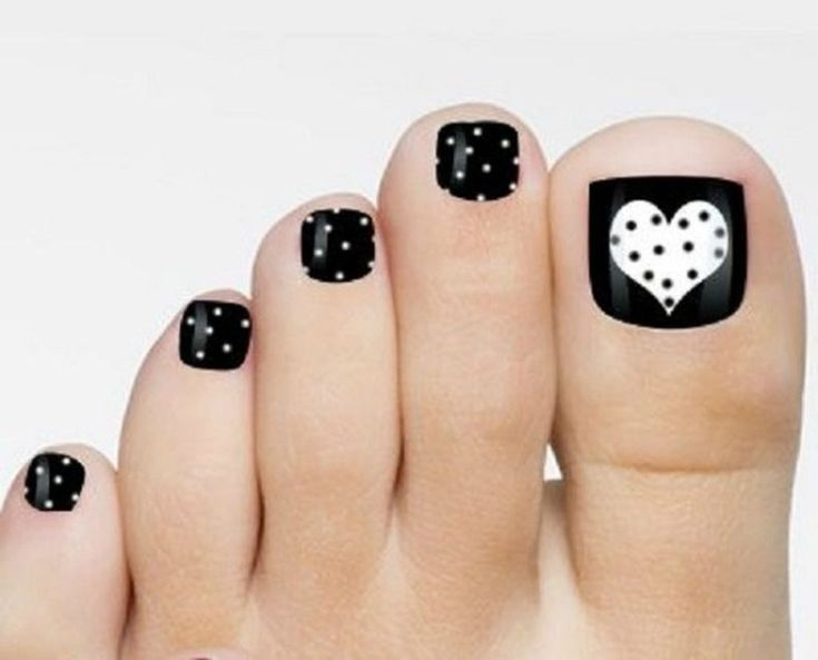 Totally Cool Valentines Day Toe Nails Designs Ideas 22