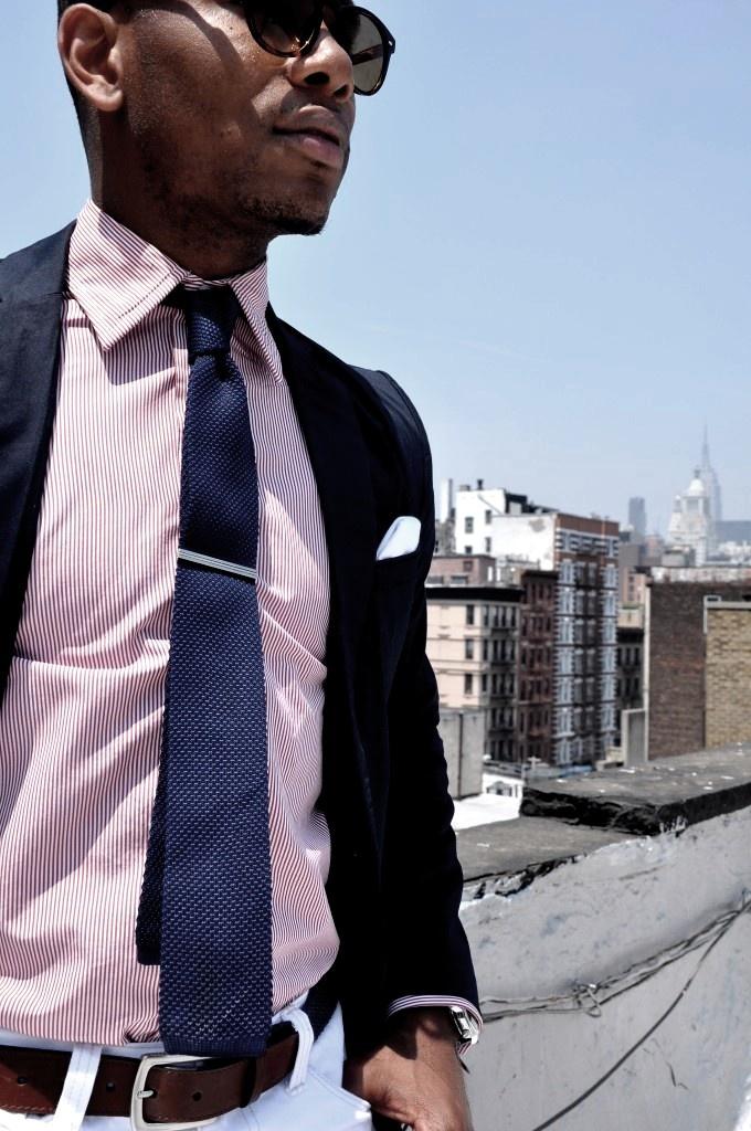 like the jacket, pink shirt, blue tie