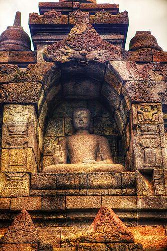 www.villabuddha.com  Lovina  Bali  Borobudur - Java - Indonesia